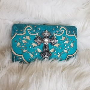 Accessories - Bling cross wallet